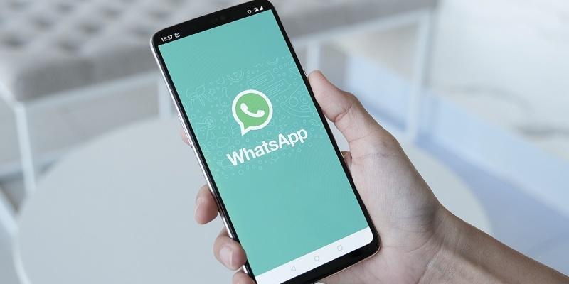 Demissão de funcionário pode ser feita por WhatsApp