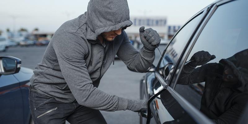 Entenda quando o condomínio pode ser responsabilizado por roubos ou furtos ocorridos nas áreas comuns