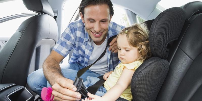Código de Trânsito Confira as novas regras para o transporte de crianças